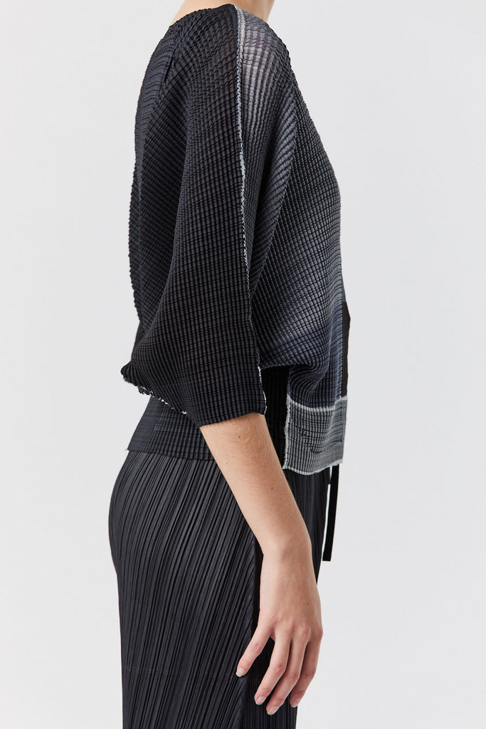 Issey Miyake - Multi Color Wave Top