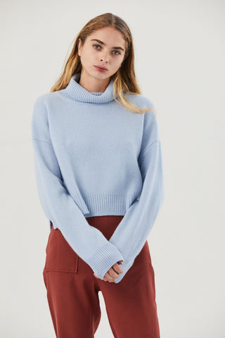 Lyn Turtleneck, Blue