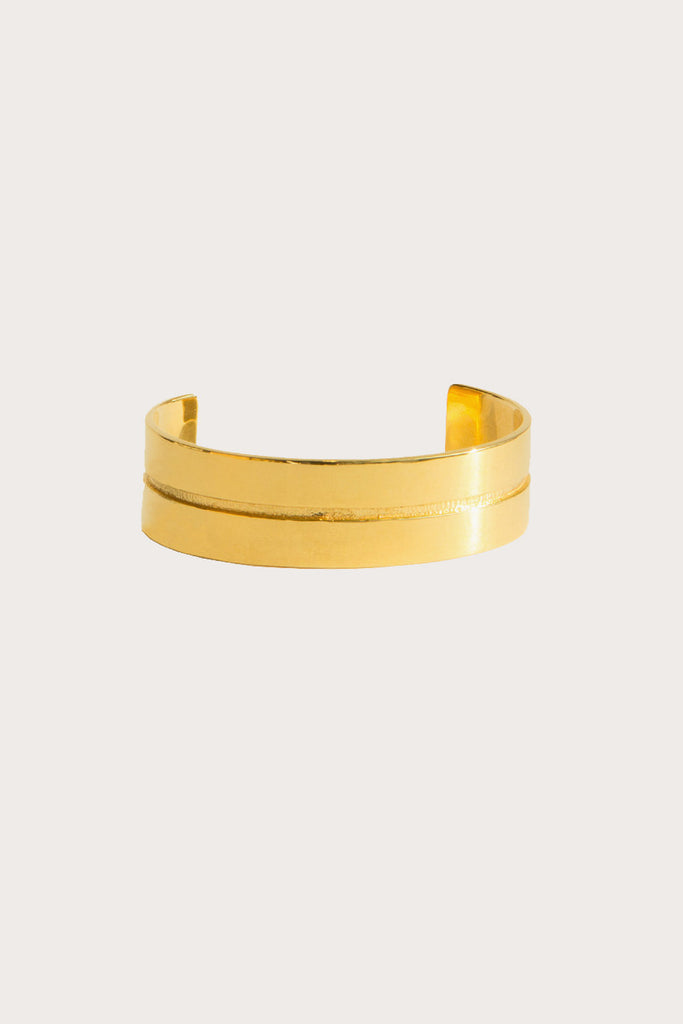 Mapplethorpe 2 cuff, 14k gold by SOPHIE BUHAI @ Kick Pleat - 1