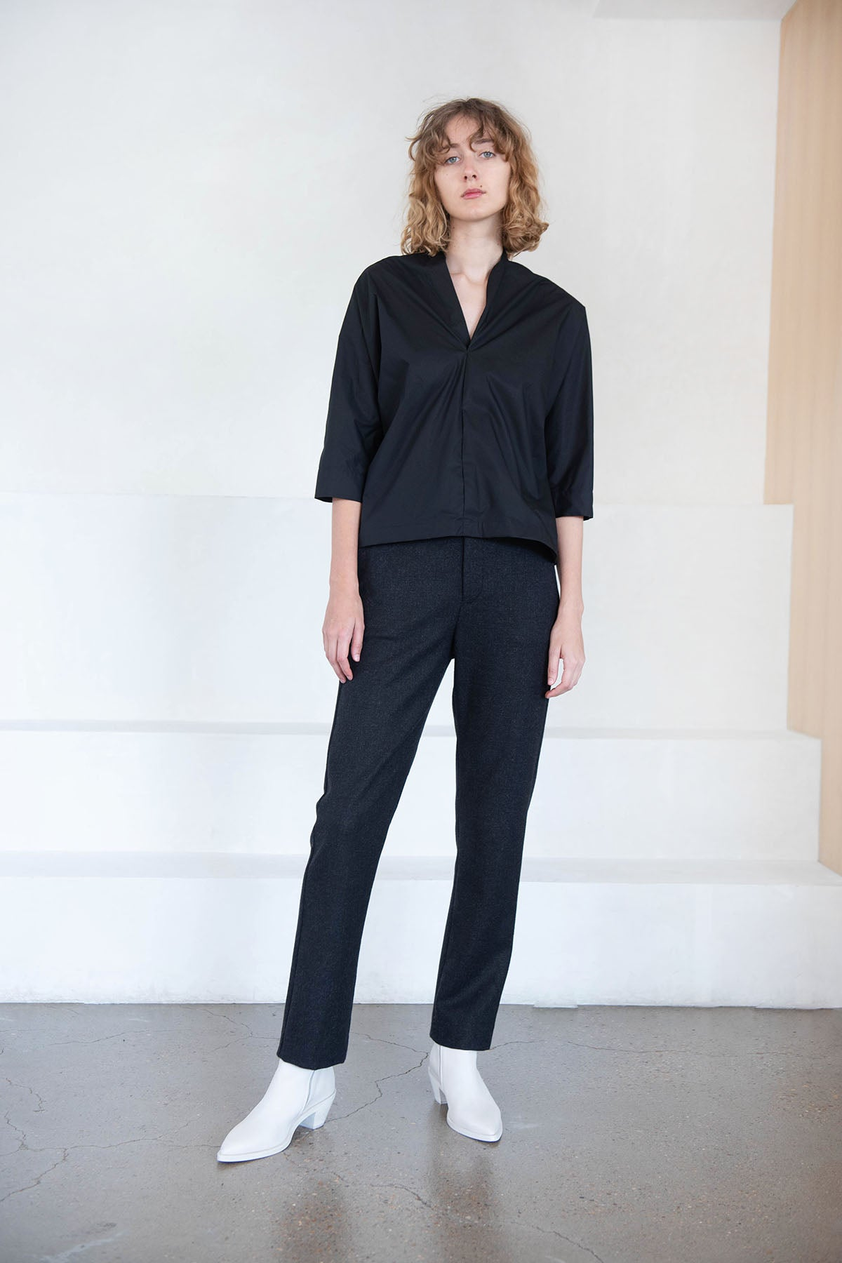 Stephan Schneider - dot top, black