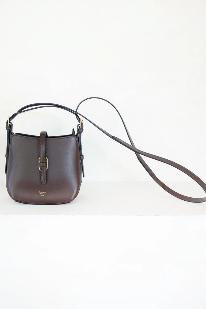 toy gallery crossbody, brown