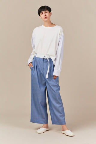 cropped pleated pant, soft blue