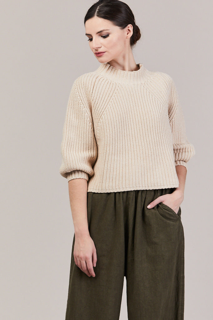 Merel Funnel Neck Crop, Wheat