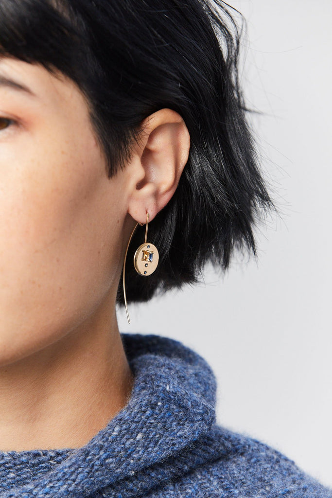 Wwake - Small Medallion Earrings, Gold & Sapphire