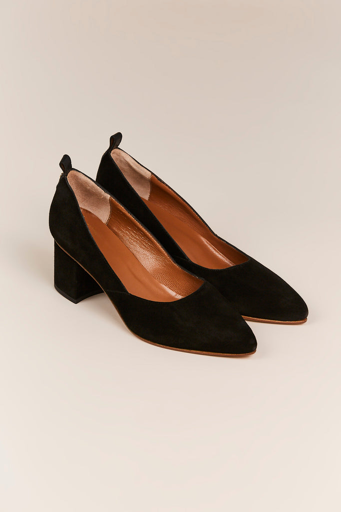 Nava Pumps, Black
