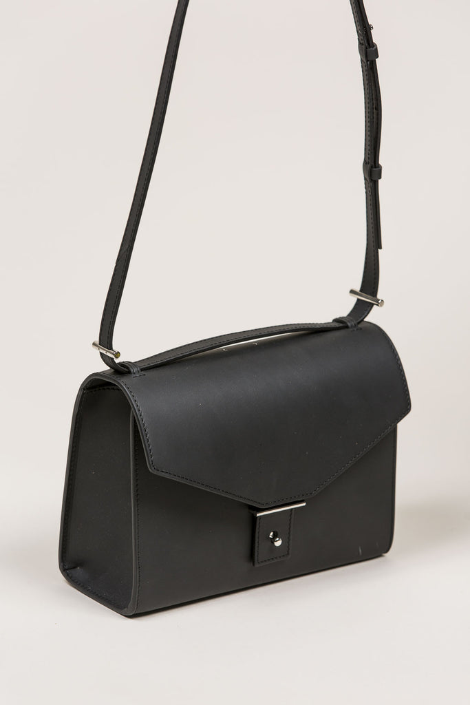 AB31 Shoulder Bag, Black by PB 0110 @ Kick Pleat - 3