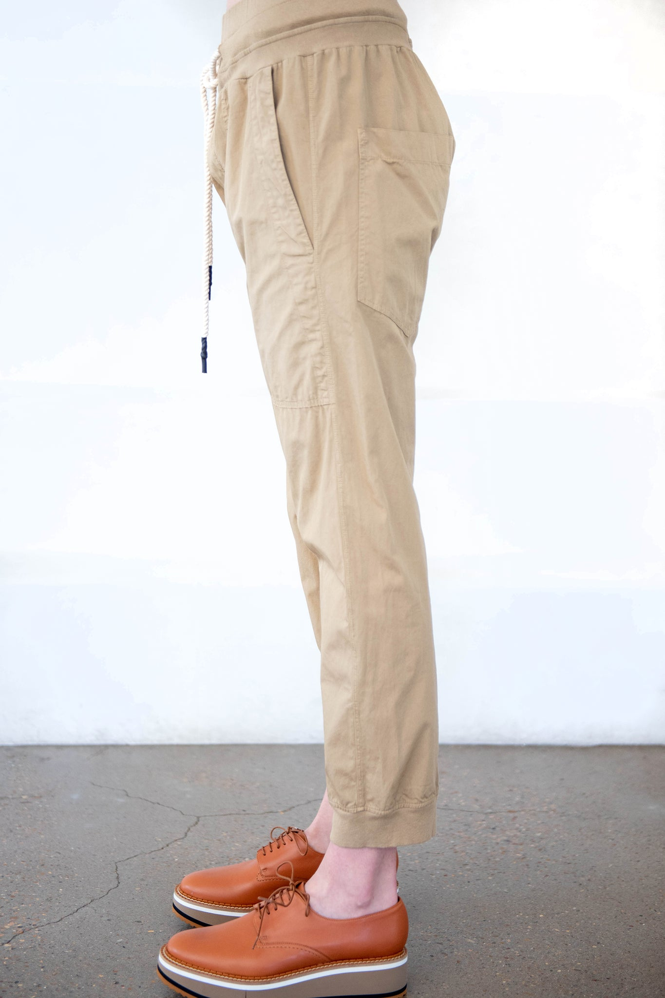 BASSIKE - utility cotton jersey pant, taupe