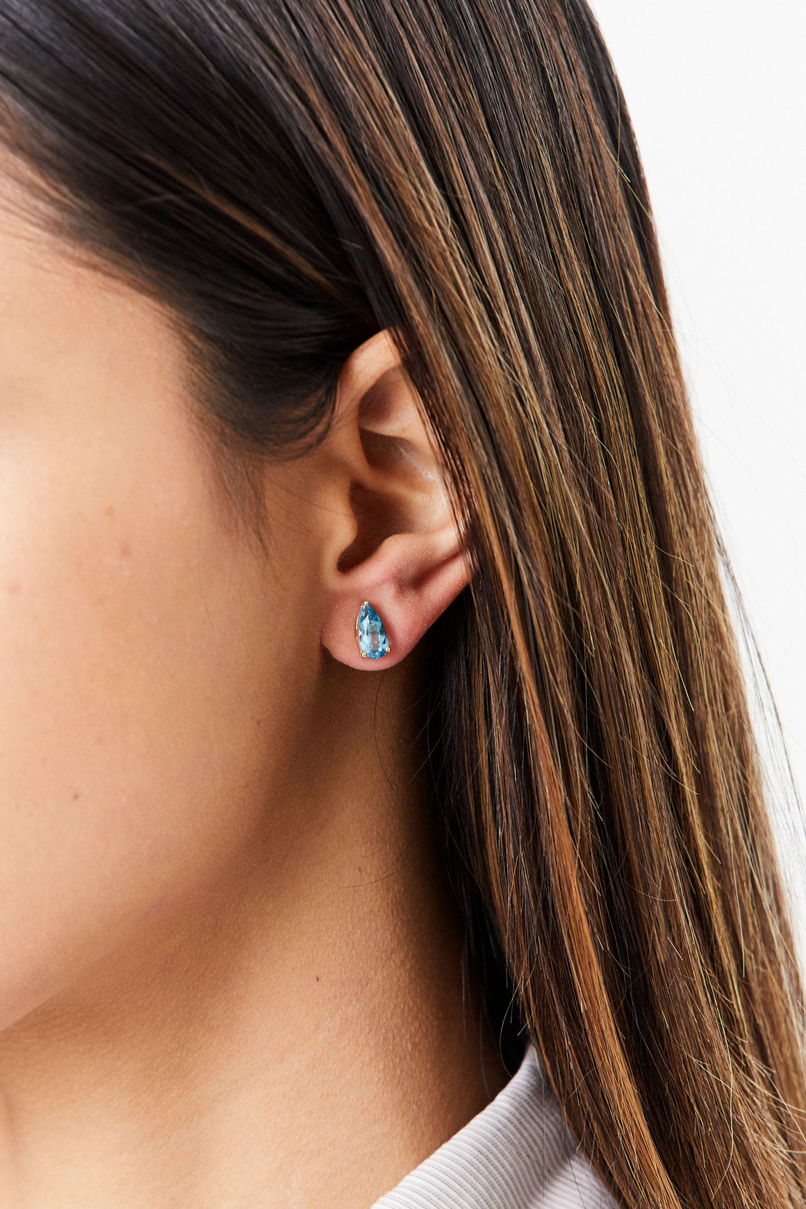 SUZANNE KALAN - Simple Pear Stud, Blue Topaz