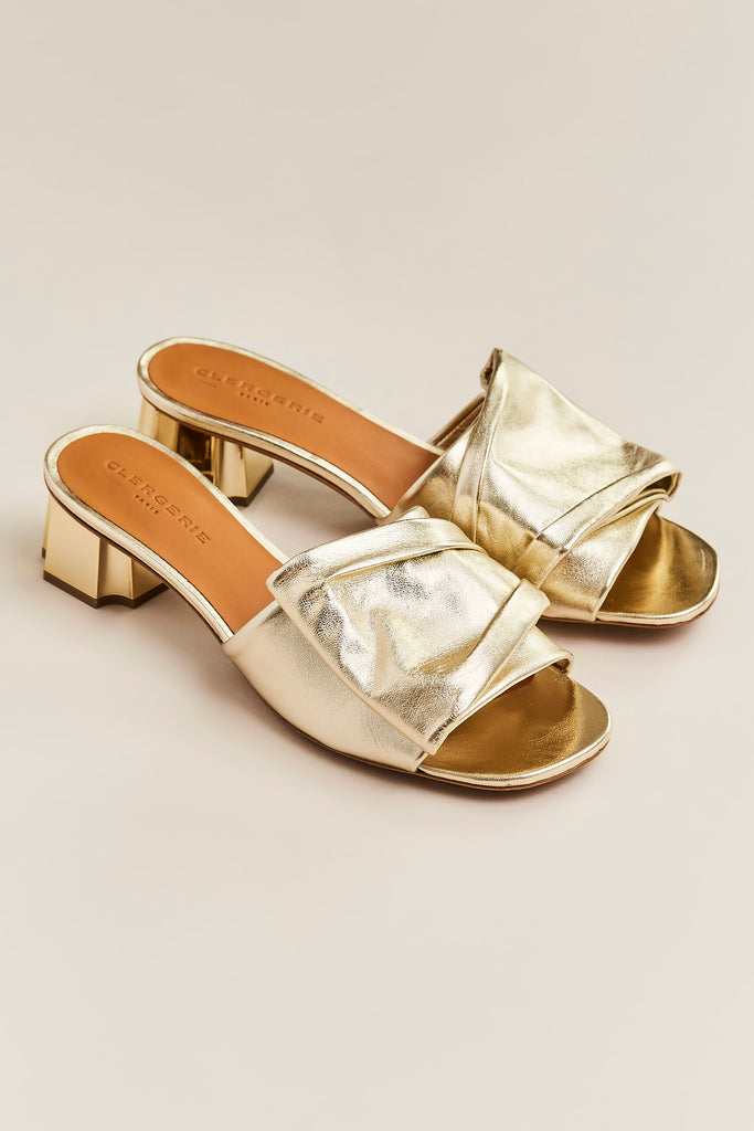 Lendy Bow Heel Slide, Platinum