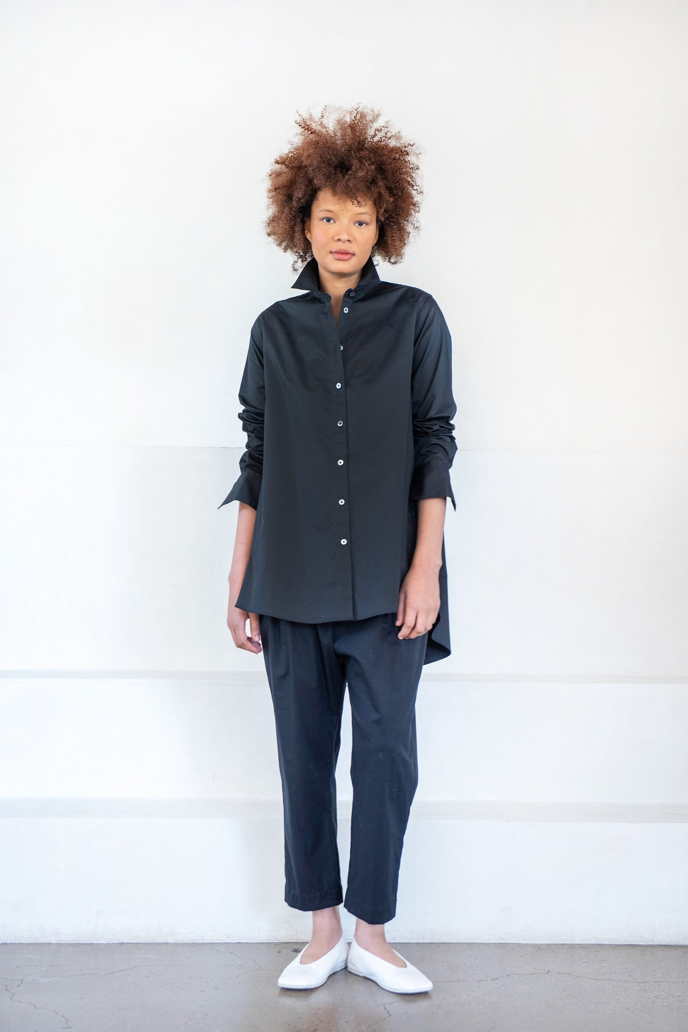 CO - a-line button down shirt, black