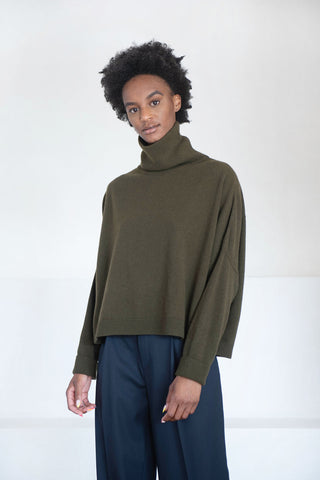 chunky turtleneck sweater, military