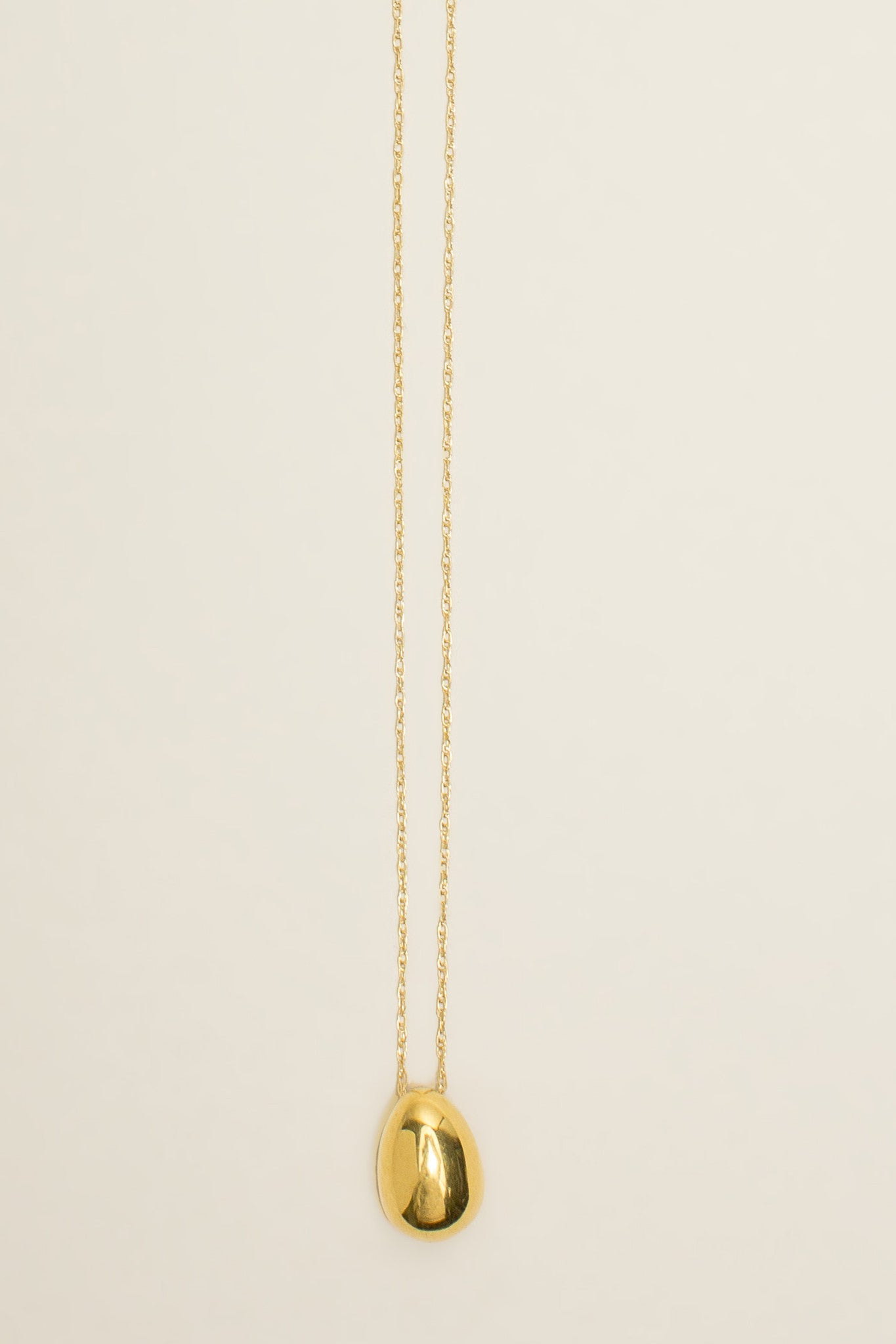 Tiny egg pendant, Gold Vermeil by SOPHIE BUHAI @ Kick Pleat - 1