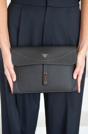 FONTANA MILANO - cricket clutch, carbon