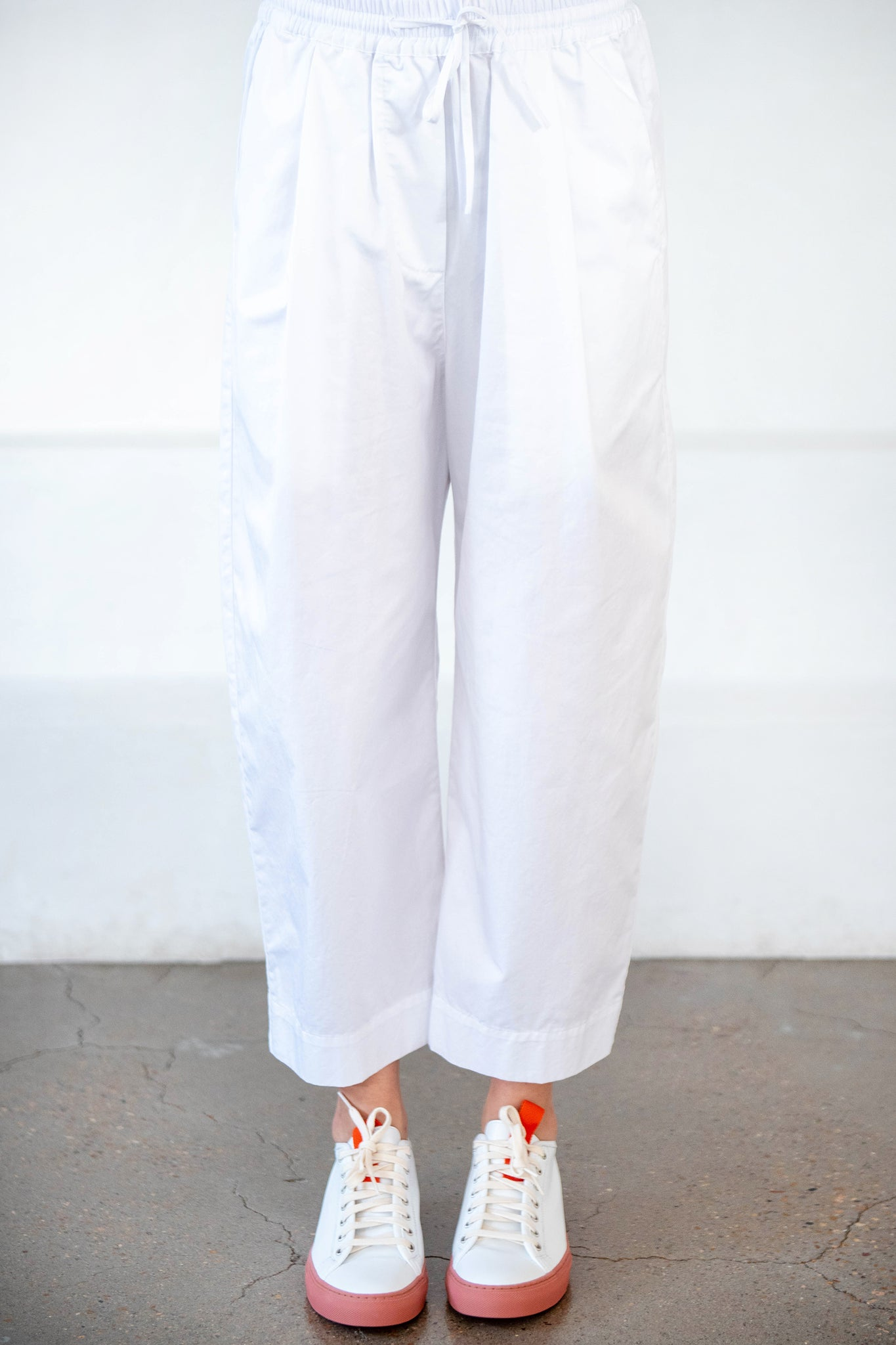 GREI - ovate baggy pant, white