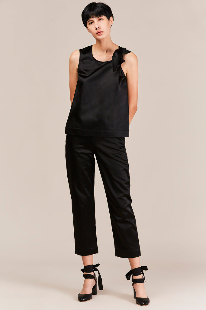 Isa Arfen - Sleeveless Knot Top, Black