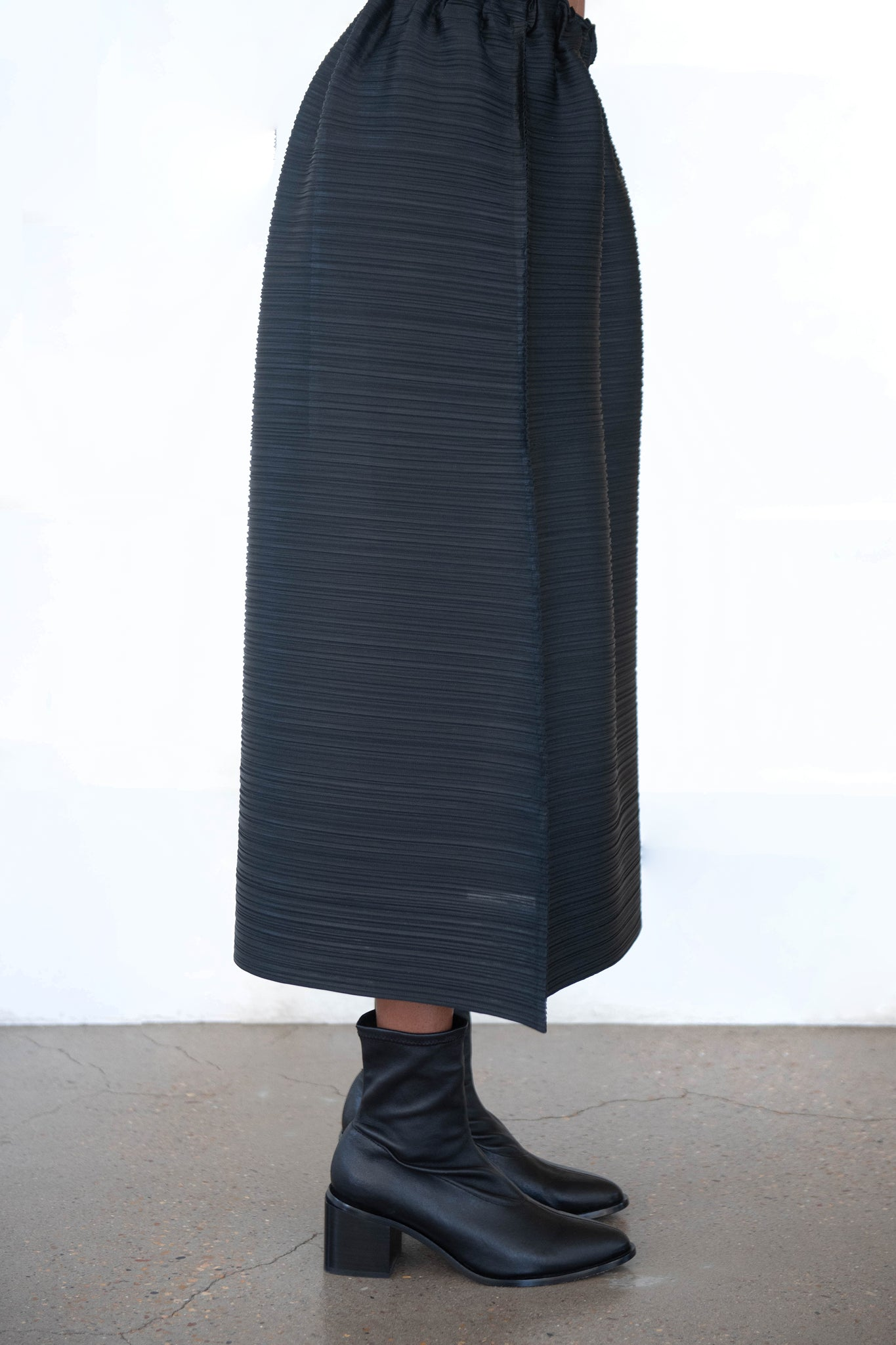 Pleats Please by Issey Miyake - cantabile skirt, black