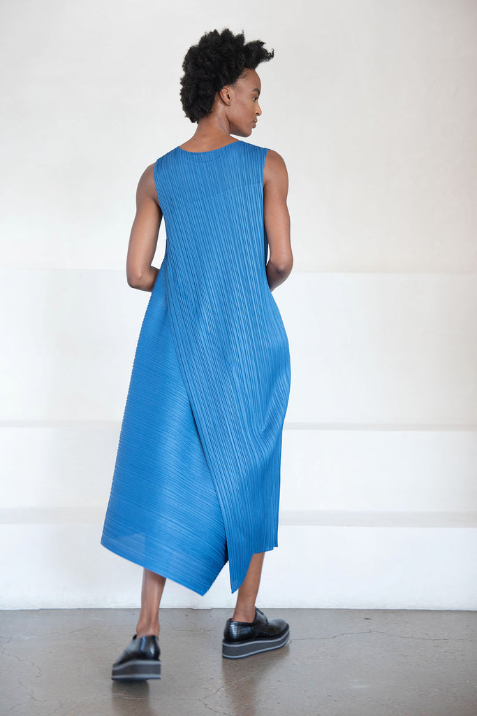 Pleats Please by Issey Miyake - diagonal pleats dress, blue