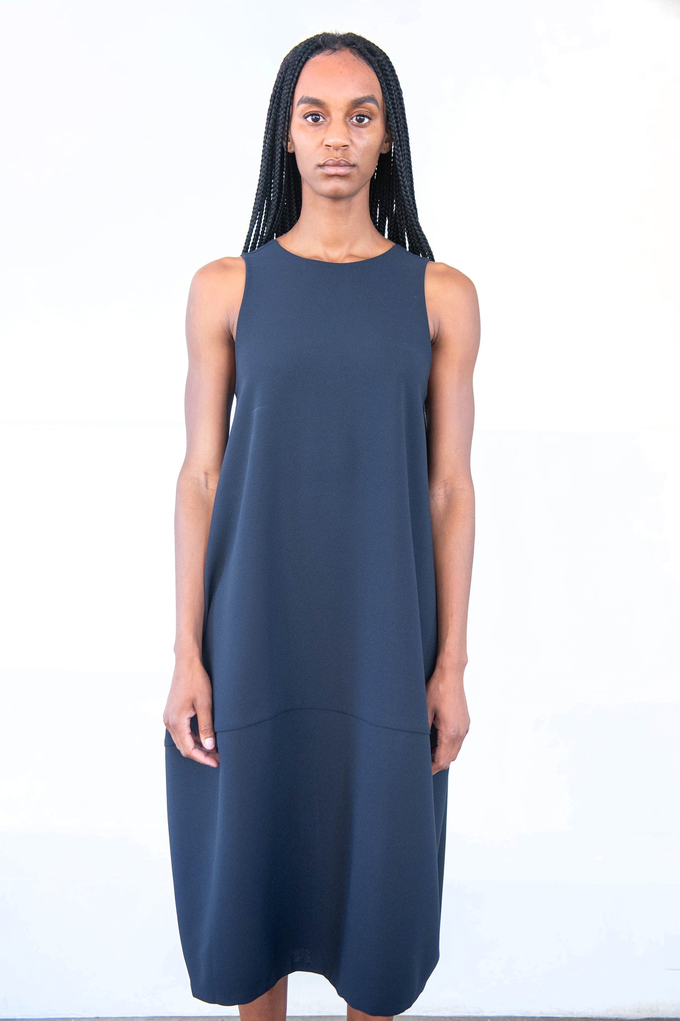KAAREM - jar back v panel dress, black blue