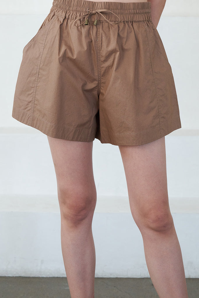 Apiece Apart - trail short, camel