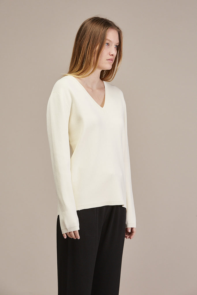 Pernille V-neck Sweater by Won Hundred @ Kick Pleat - 4
