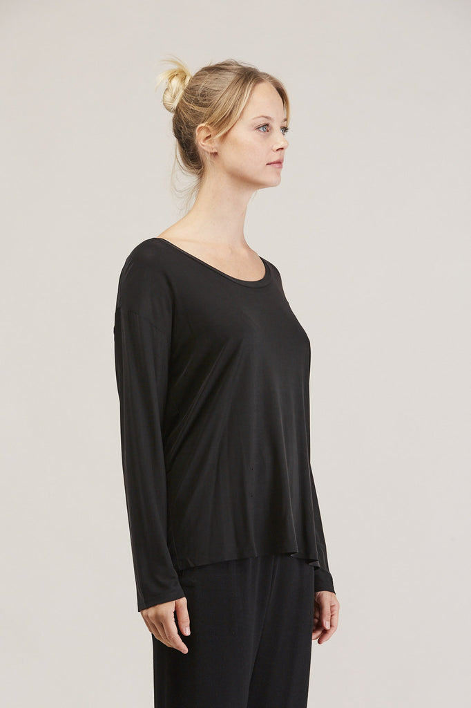 Loose l/s tee, Ink by Shaina Mote @ Kick Pleat - 3