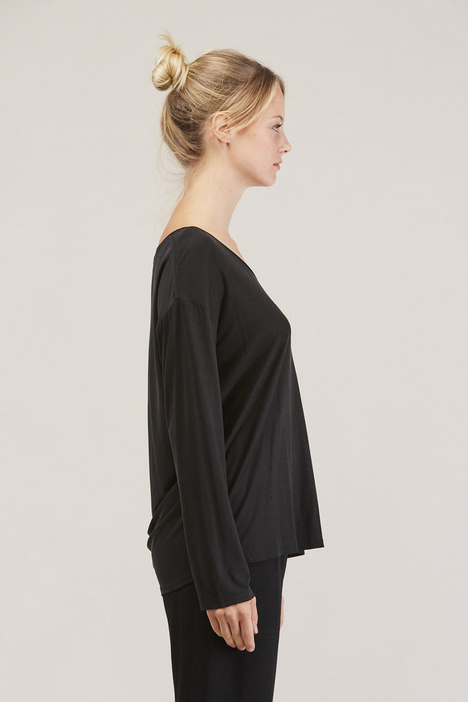 Loose l/s tee, Ink by Shaina Mote @ Kick Pleat - 4