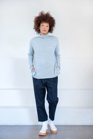 Lauren Manoogian - fine rollneck, light grey