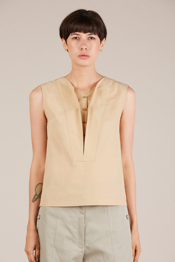 Sleeveless blouse, Dune