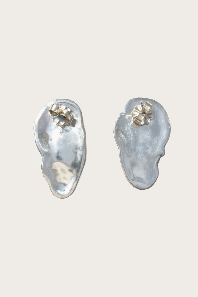 Ostra Earrings, Silver
