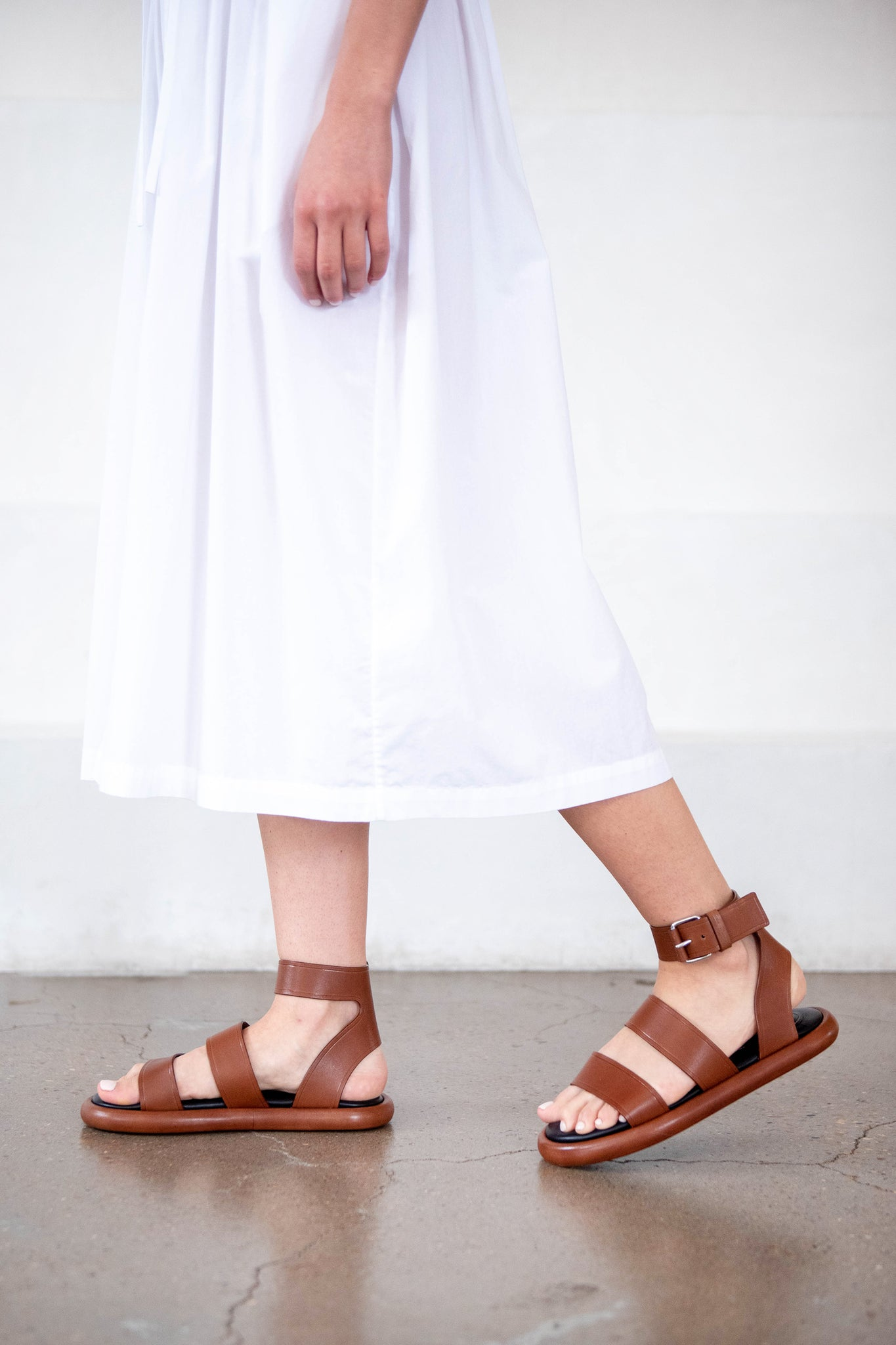 proenza schouler - Pipe Leather Ankle-Strap Flat Sandals, brown