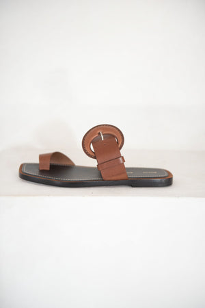 proenza schouler - buckle toe ring slide, almond