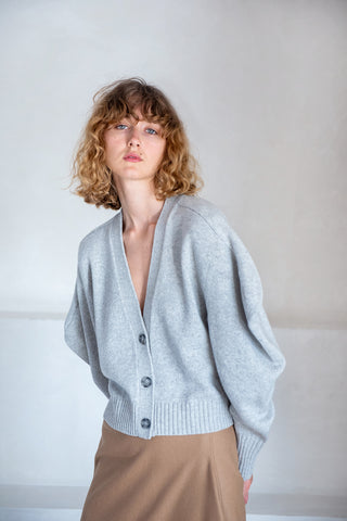 draped cashmere crop cardigan, grey