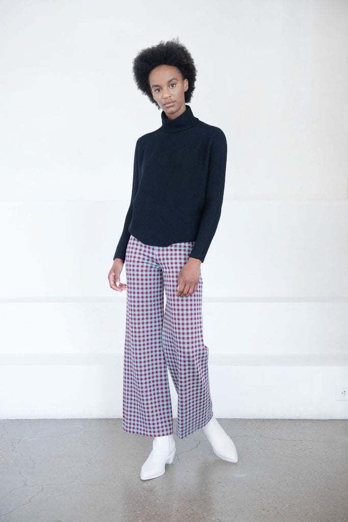 pull on crop gingham pant, blue and red