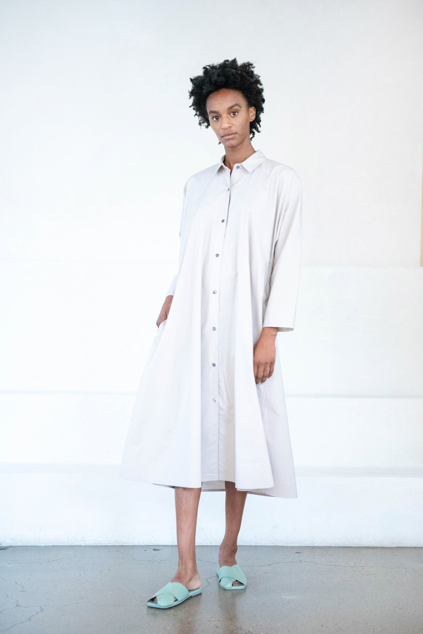 Sofie D'Hoore - DREW cotton poplin shirt dress, desert