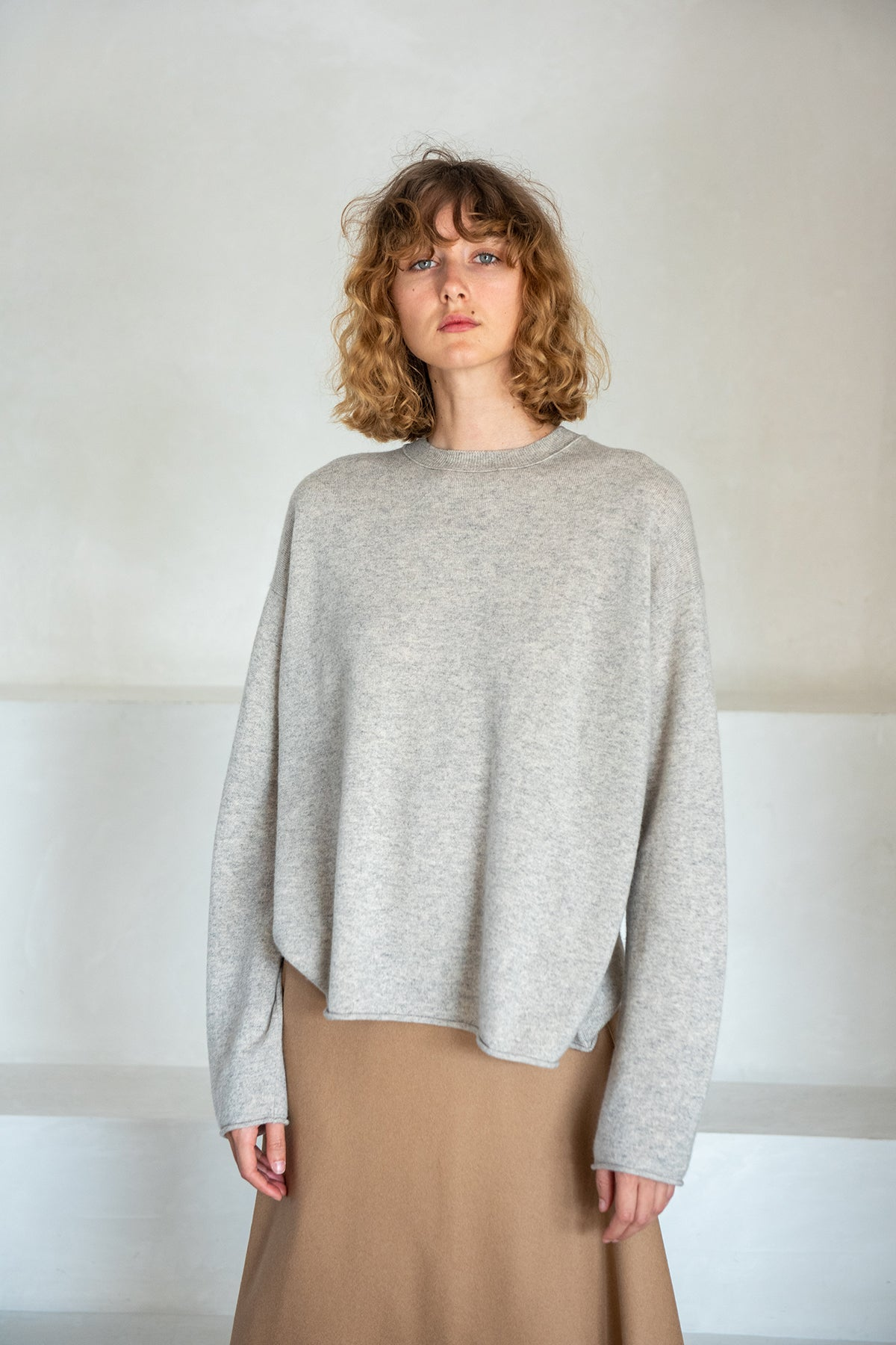 Sofie D'Hoore - MUNCH crewneck sweater, silver