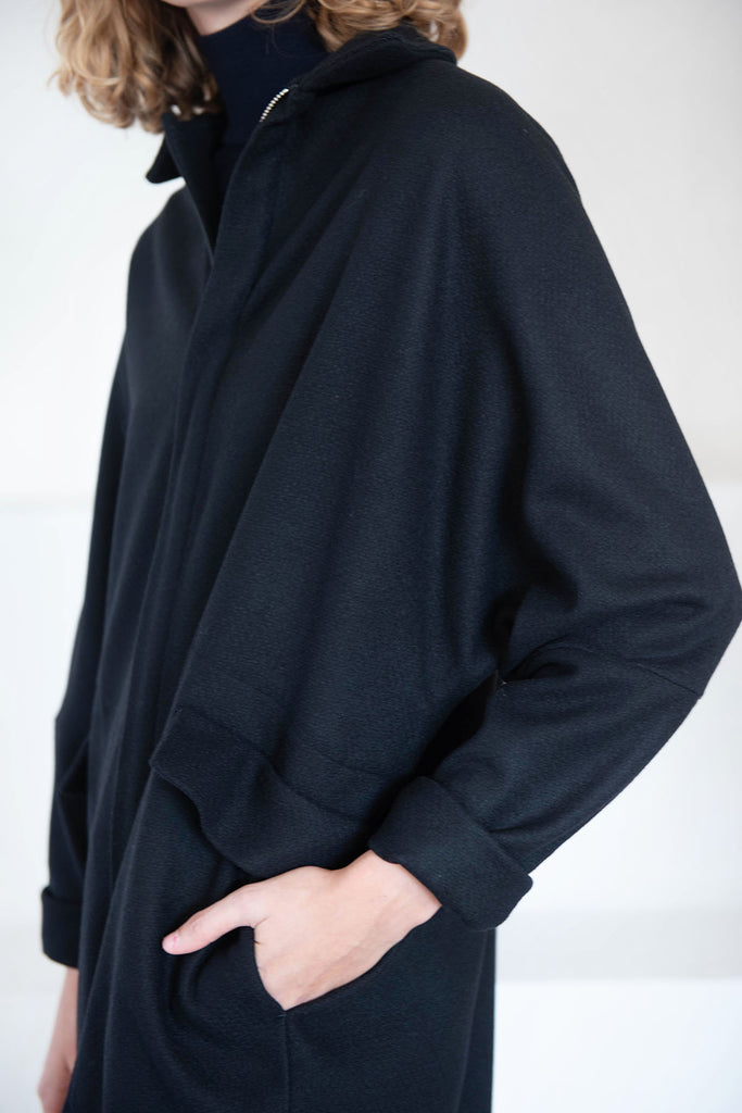 Stephan Schneider - factual coat, black