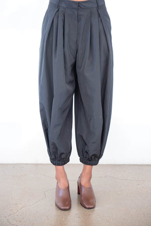 TIBI - taffeta pleated balloon pant, black