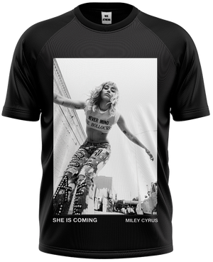 Camiseta Miley Cyrus - She's Coming