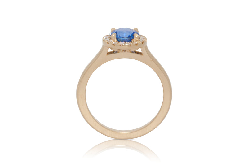 1.28ct. Round Blue Sapphire with A Diamond Halo