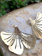 Load image into Gallery viewer, hammered brass ginkgo leaf earrings