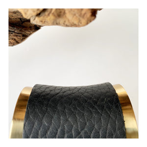 Brass and Motorcycle Leather Bracelet | concave