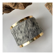 Load image into Gallery viewer, Brass and Mouse Leather Bracelet | concave