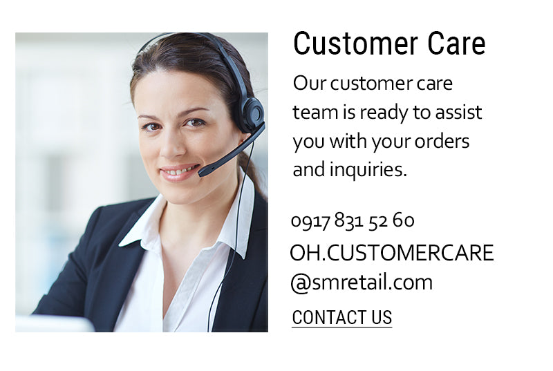 04-Customer service agent with headset
