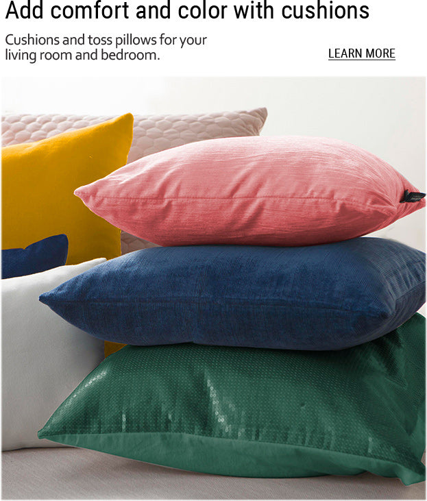 20-Colorful-pillows-and-cushions-piled-on-top-of-each-other