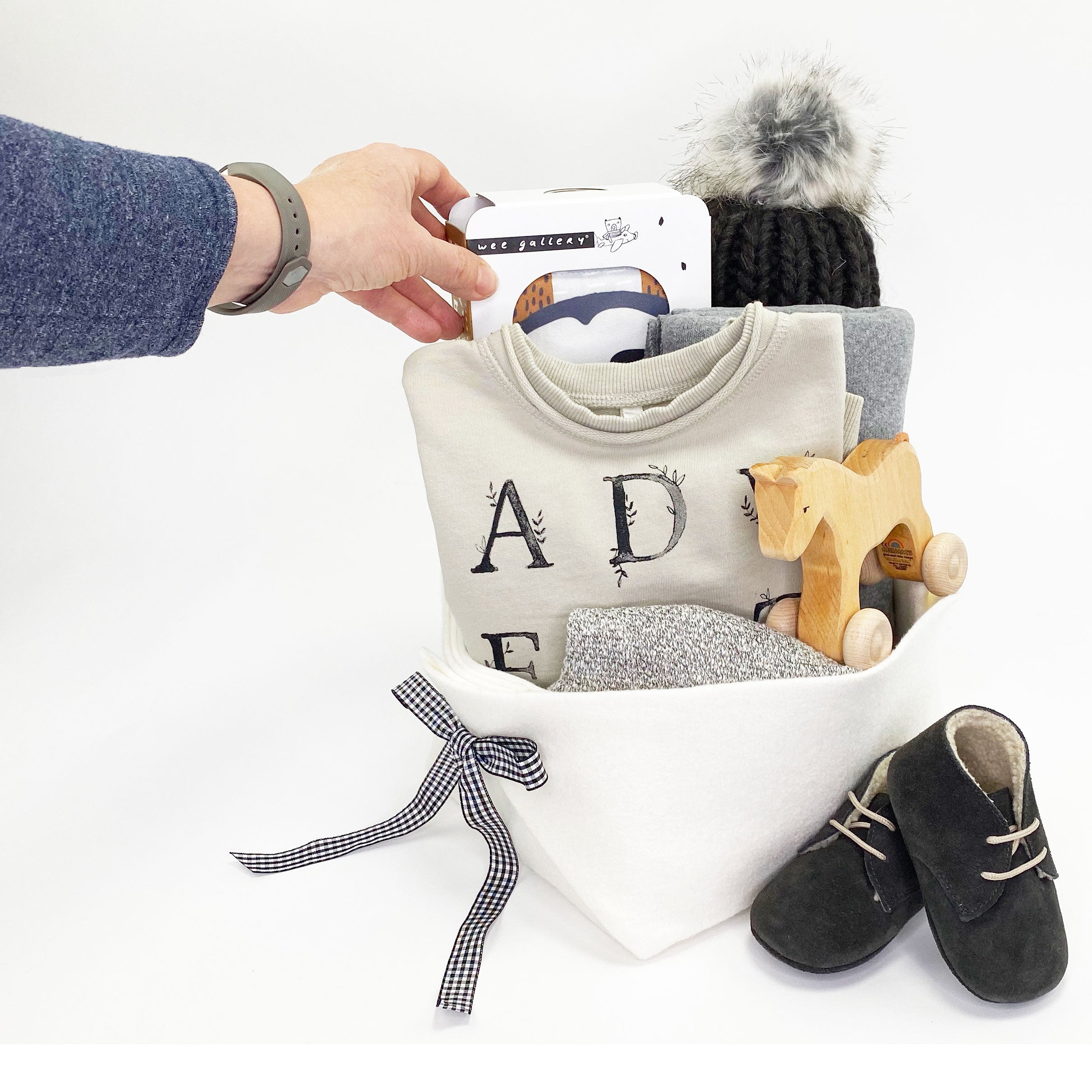 Luxury Baby Baskets by Bonjour Baby Baskets - Best Corporate Baby Gifts