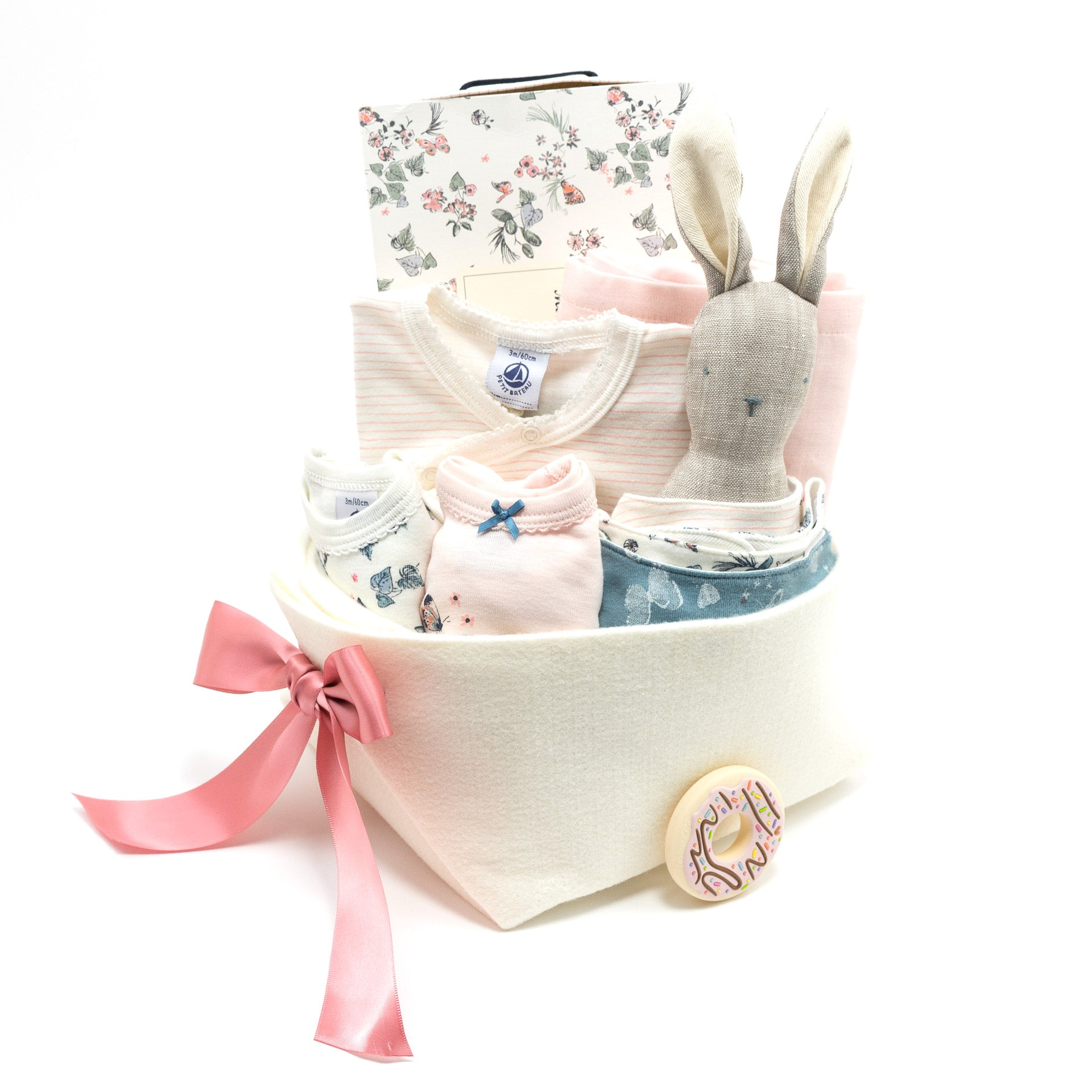 Petit Bateau Luxury Baby Gift Gift Basket, perfect for all your corporate baby gifts