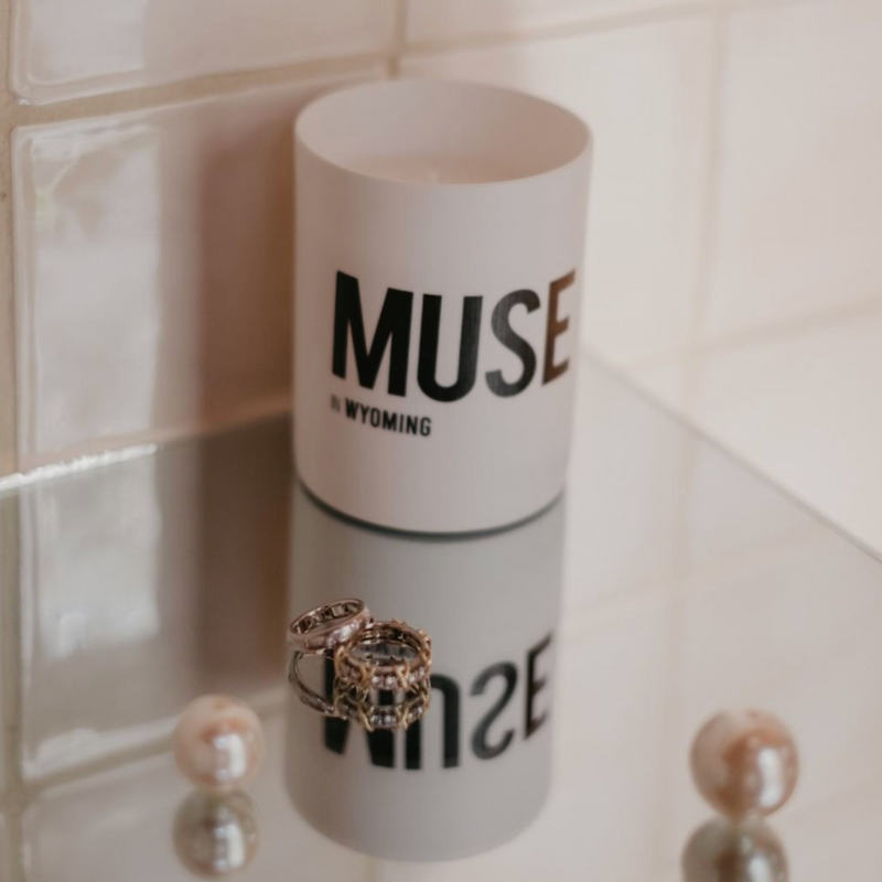 MUSE IN WYOMING - ROSA WOODSII & SANDALWOOD CANDLE
