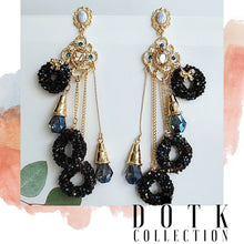 Load image into Gallery viewer, EARRINGS (Black Hole)
