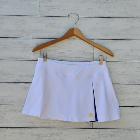 Kelly skort - white w/royal blue pleat
