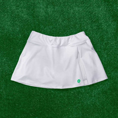 Kelly skort - white w/green logo